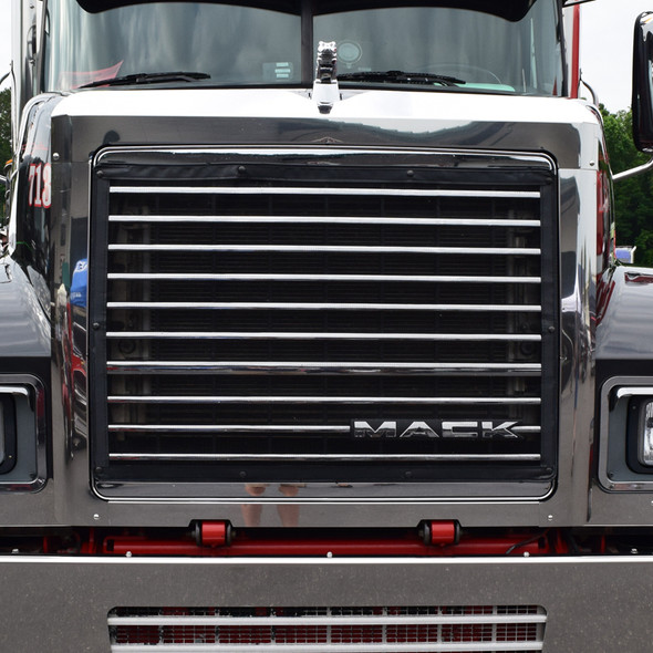 Mack CH Grill Surround Bug & Side Grill Deflector Combo Closeup