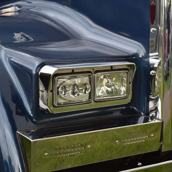Kenworth W900B Front Blinker Bar with Slot Cut Outs & Lights Close Up Angle View
