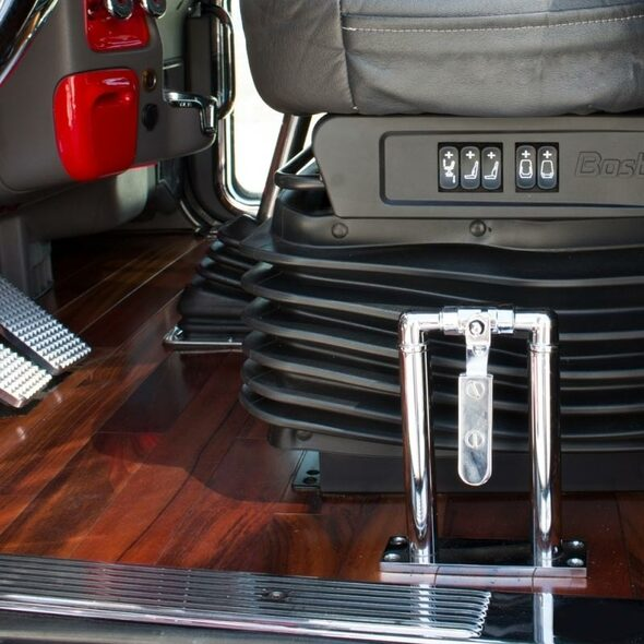Chrome Air Valve Lever Set In Truck