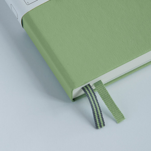 Featuring the double page marker,  numbered pages and index to keep a track of your musings, the  Leuchtturm1917 A5 hardcover notebook is your favourite, in new colours.