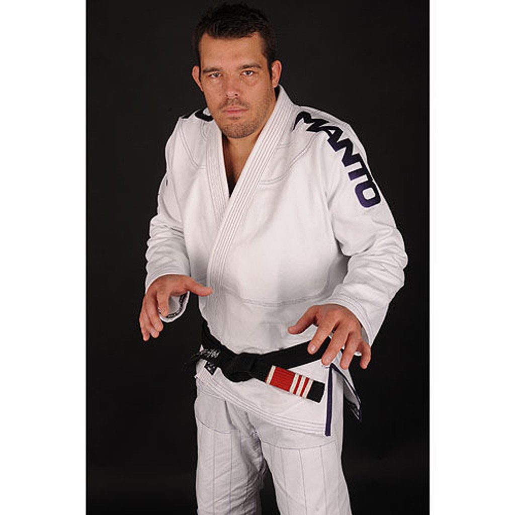 Dean Lister wearing Manto's new X Gi