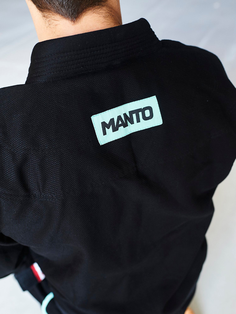 "MANTO ""RISE"" BJJ GI Black"