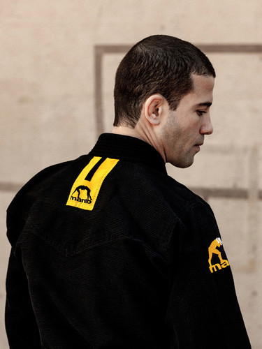 "Jiu-Jitsu World Champion and UFC Fighter Augusto ""Tanquinho"" Mendes wearing the new MANTO Technico BJJ Gi"