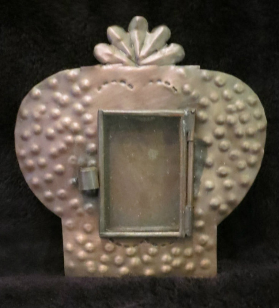 TIn Nicho , Portable alter , picture frame, Mexico