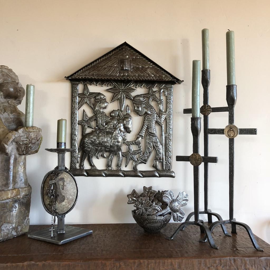 Living with Folk Art