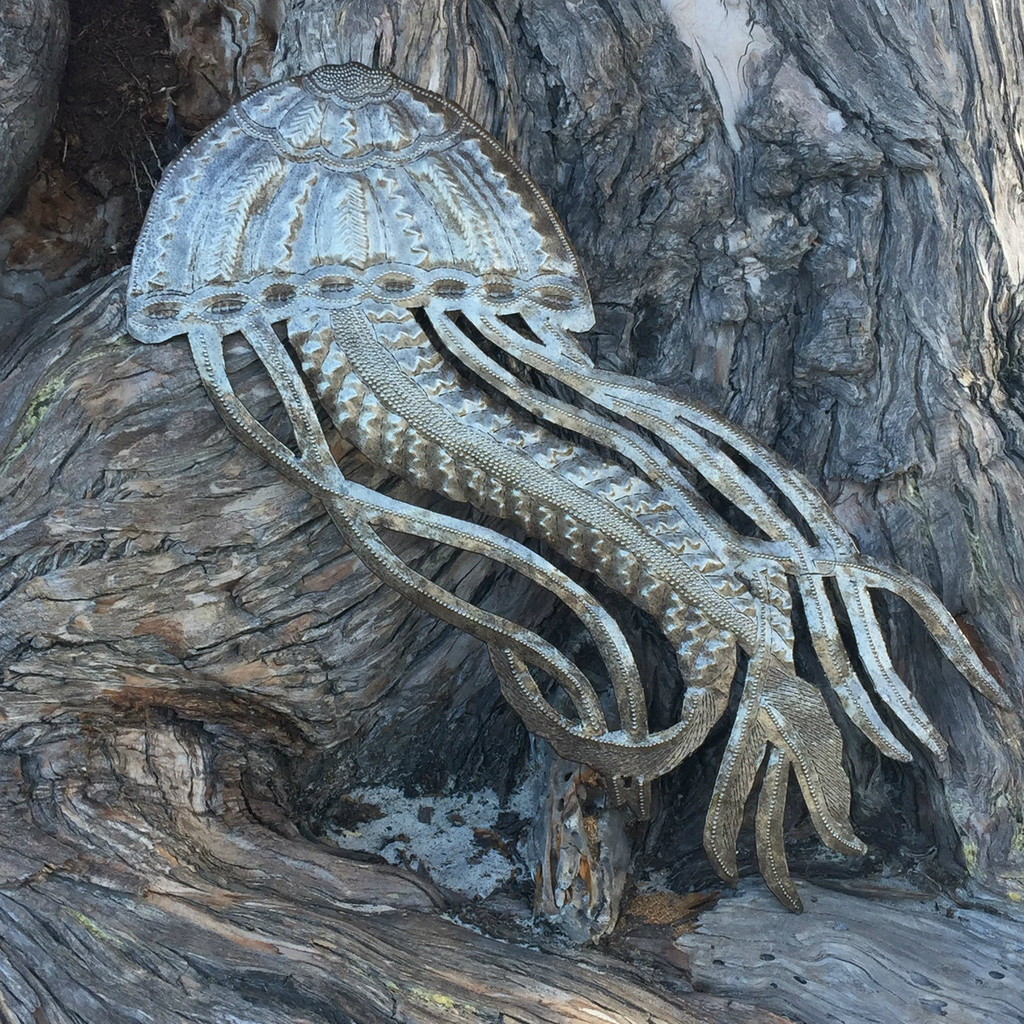 HAITIAN METAL SEA JELLYFISH ART
