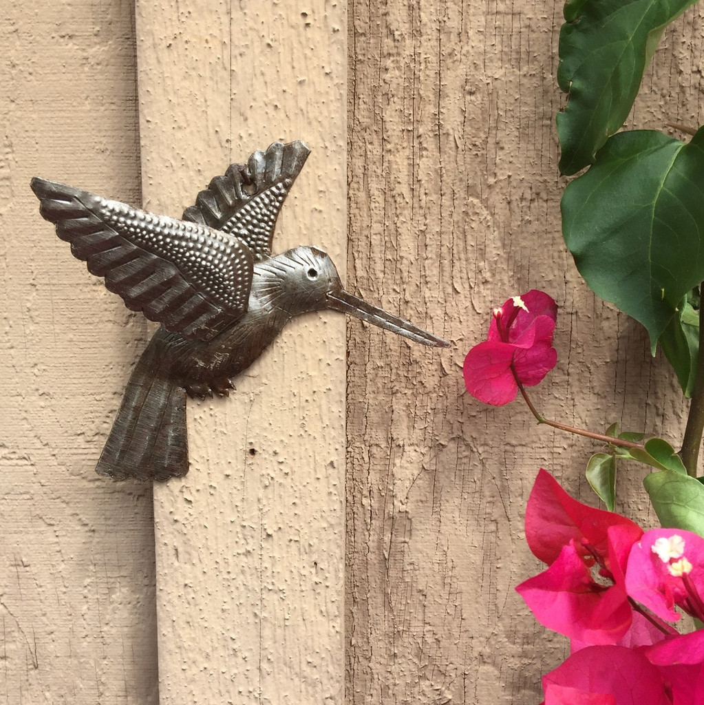 HUMMINGBIRD METAL GARDEN ART HAITI