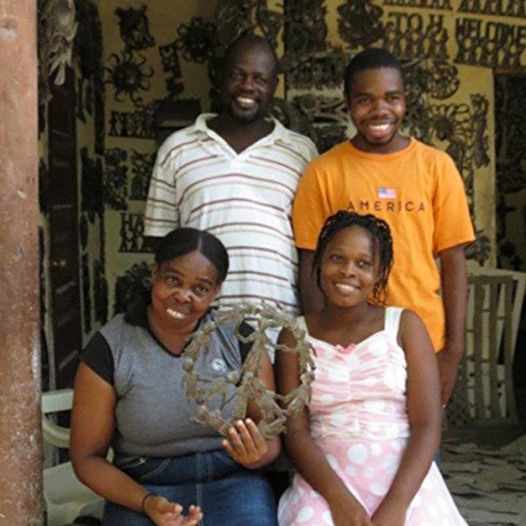 Fair Trade Haitian Artist, Peace Sign