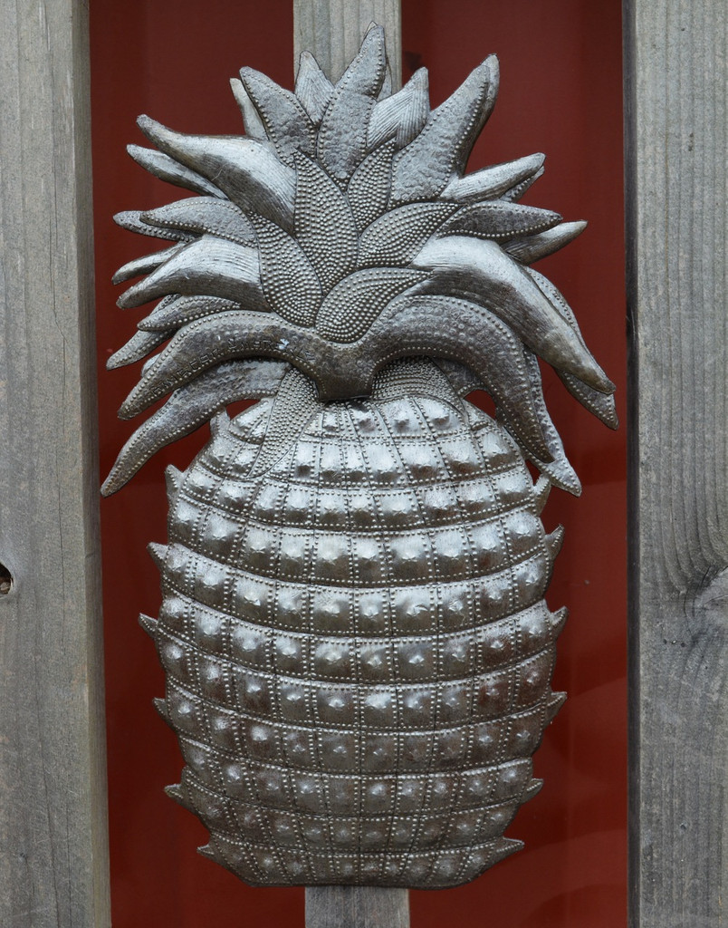 Pineapple indoor and outdoor wall art, handmade from recycle oil drums
