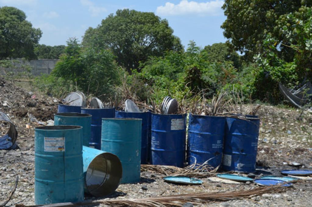 Recycled steel drum oil barrels made in Haitian Metal Art