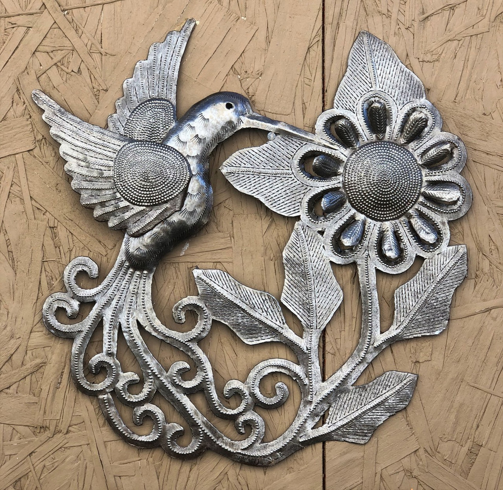 "Hummingbird feeding on the Bloom, Handmade Garden Metal Decor, Indoor and Outdoor Wall Hanging, Haiti Workmanship 11"" x 11"""