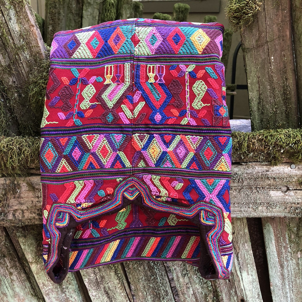 HUIPLE GUATEMALA Huipil - San Juan Cotzal weaving on back strap loom