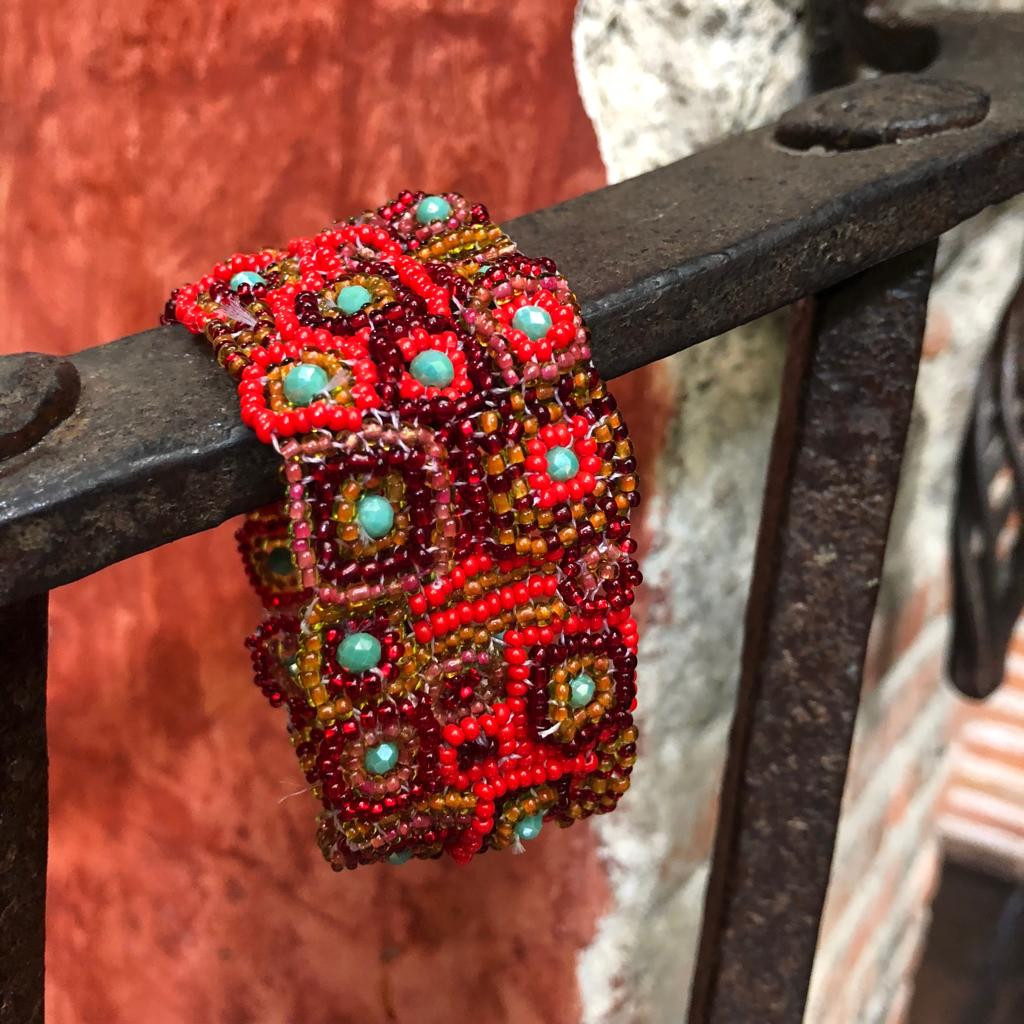 Handmade, fair Trade Bracelet Made with Seed Beads from Guatemala, Magnetic Clasp