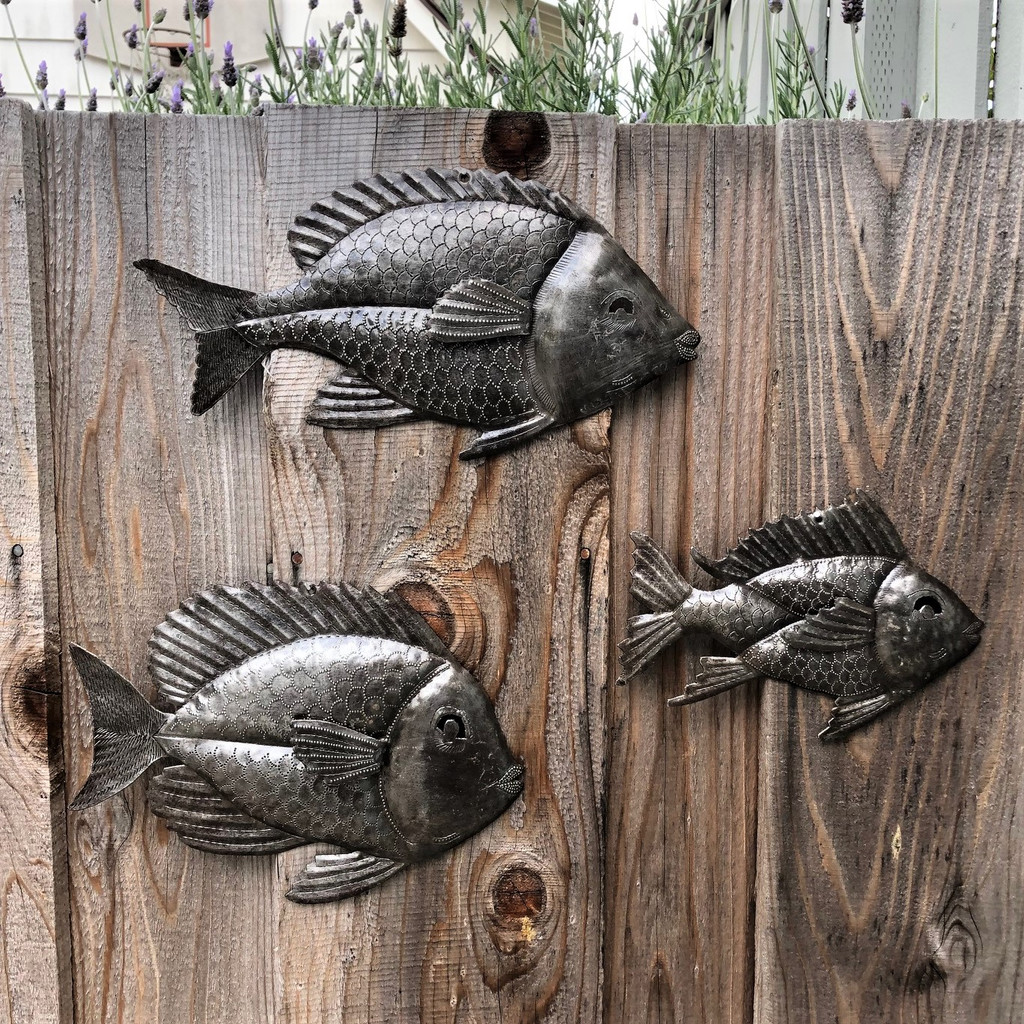SCHOOL OF FISH BATHROOM WALL ART , HAITI STEEL SCULPTURES