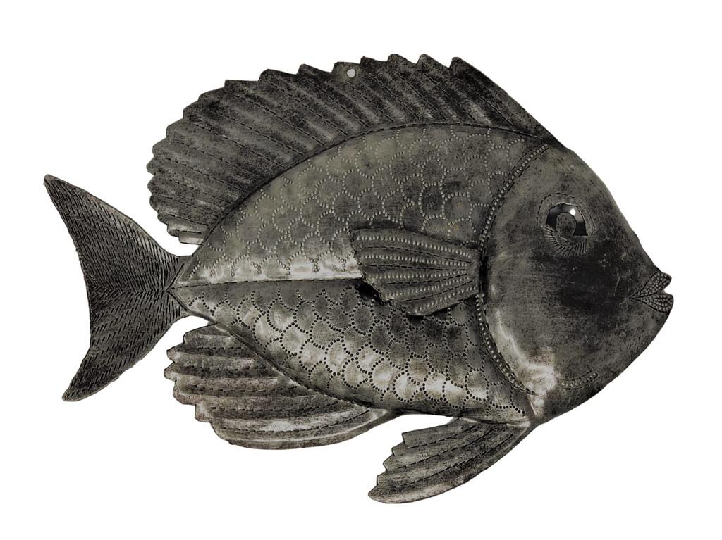 Small metal fish