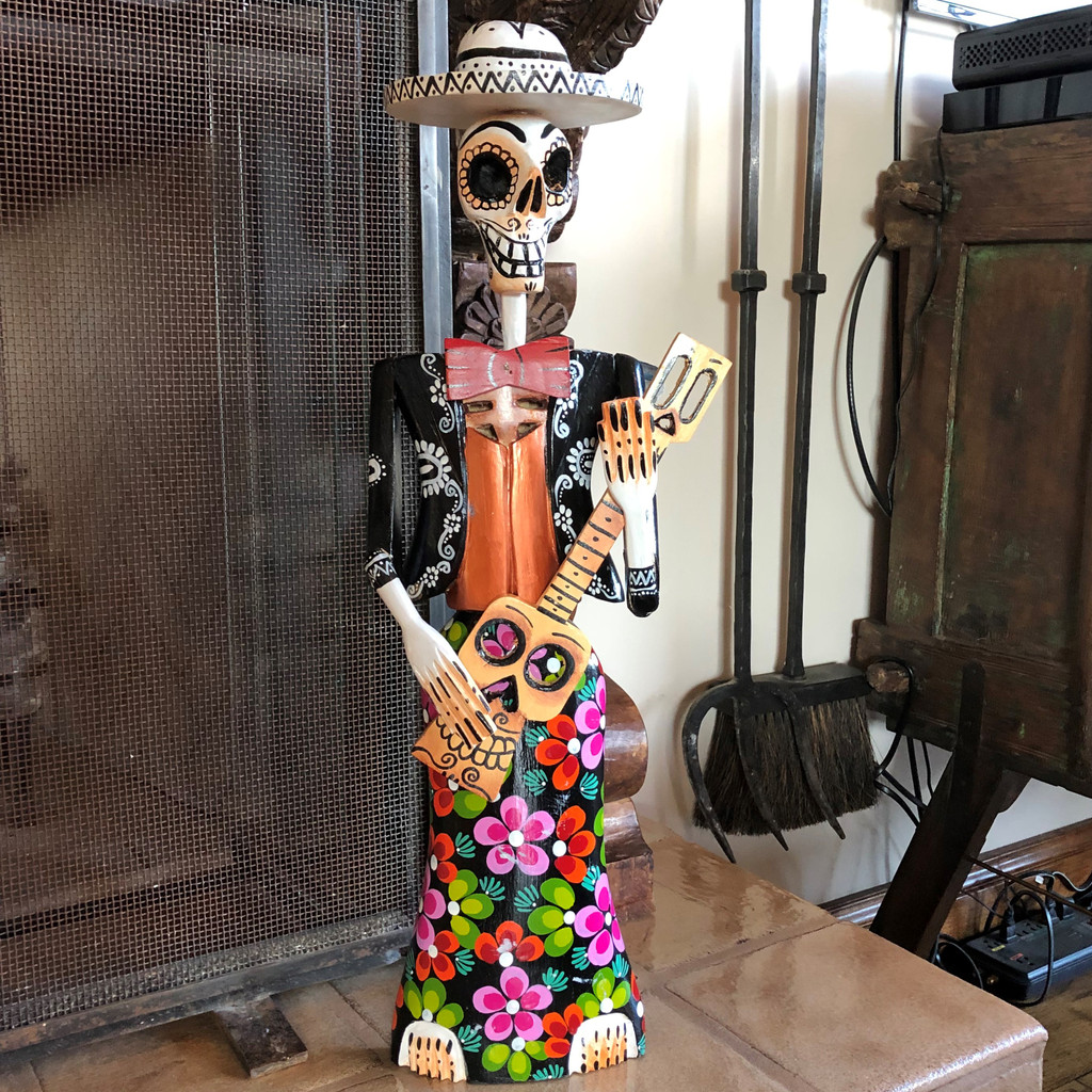 Catrina Mariachi Skeleton Dia de los Muertos Day of the Dead hand carved Guatemala