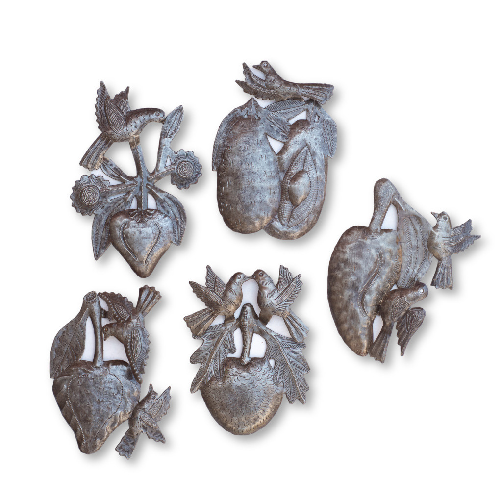 Fruits, Birds, Garden Decor, One-of-a-Kind, Limited Edition, Sustainable, Eco-Friendly, Handcrafted, Handmade, Recycle, Recyclable,