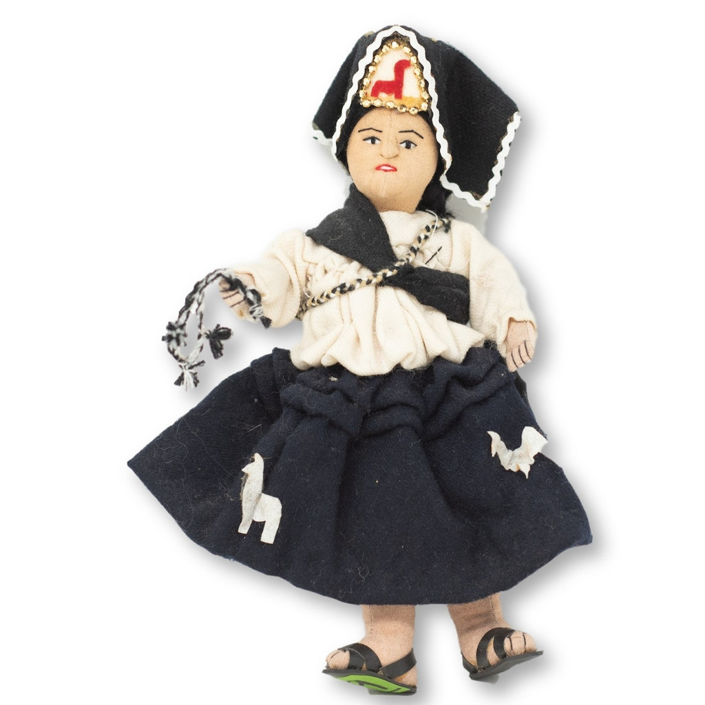 "Bolivia Doll Handmade Cotton and Wool Traditional Dress, 9"" x 6"" x 3"""
