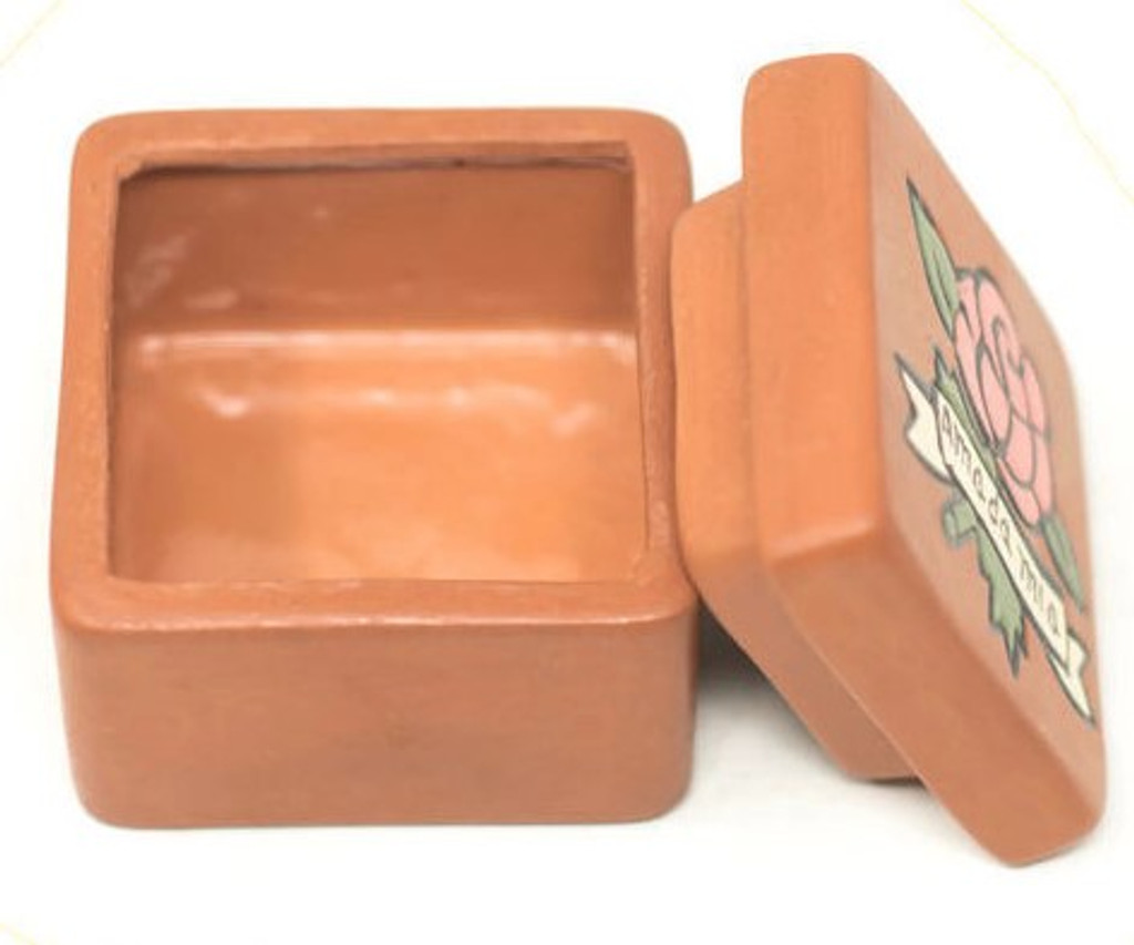 "Amada Mia, My Beloved, Hand painted clay box Peru 2"" x 2"" x 1.75"" Folk 42"