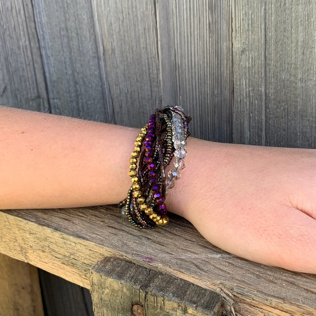 Handmade Bracelet for Girls, Multicolored Purple and GOLD Tones, Glass Beads, Magnetic Closure, Stylish Guatemala 7 inches