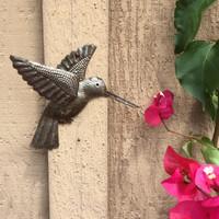 HUMMINGBIRD METAL GARDEN ART HAITI