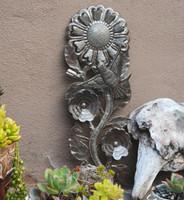 Haiti Metal Art Flower Garden