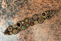 """Mayan Arts Handmade, fair Trade Bracelet Made with Seed Beads from Guatemala, Gold Multi-Color, Magnetic Clasp 1.25"""" X 7"""""""