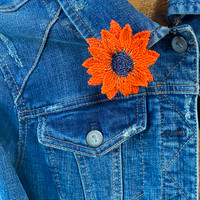 Elegant Sunflower Pin, Gift for Her, Collectible Charms, Backpacks