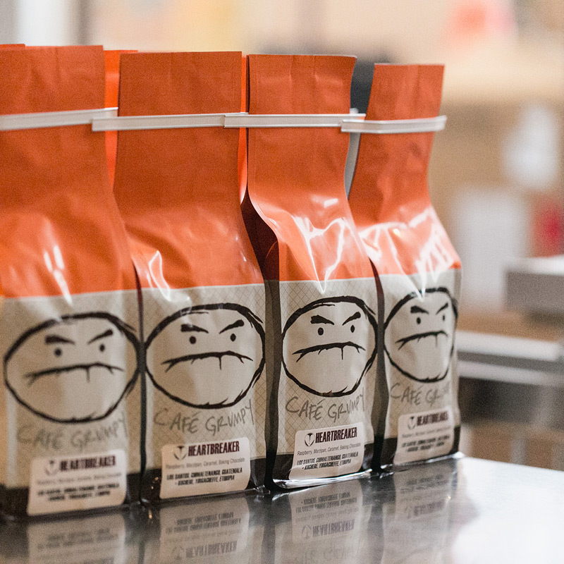 cafe-grumpy-roastery-bagging-800.jpg