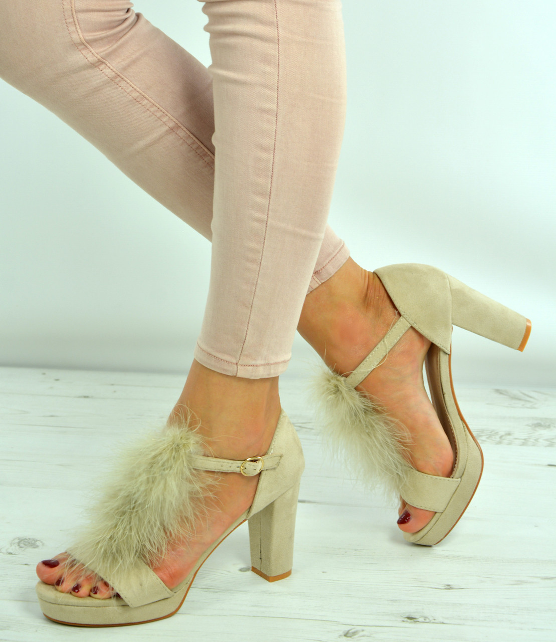 6140bf15055 New Womens Fur Block Heel Sandals Ladies Platforms Ankle Strap Shoes Size  Uk 3-8