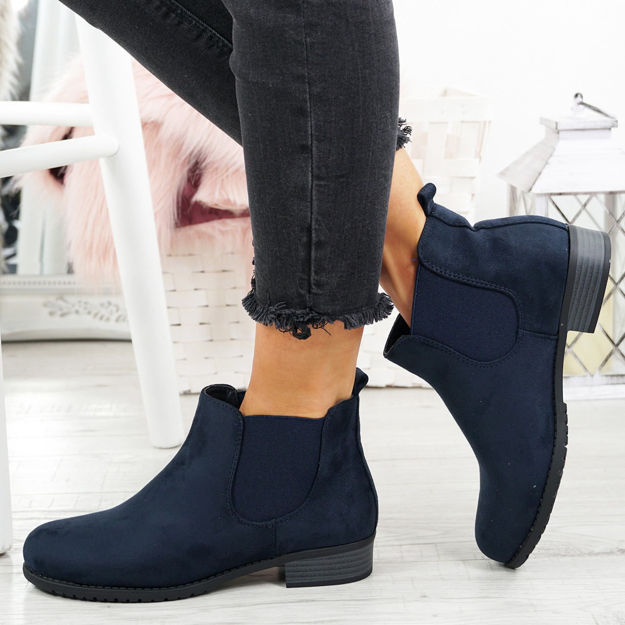 340cb359c6f2f New Womens Chelsea Ankle Boots Ladies Low Block Heel Comfy Slip On Shoes  Size Uk