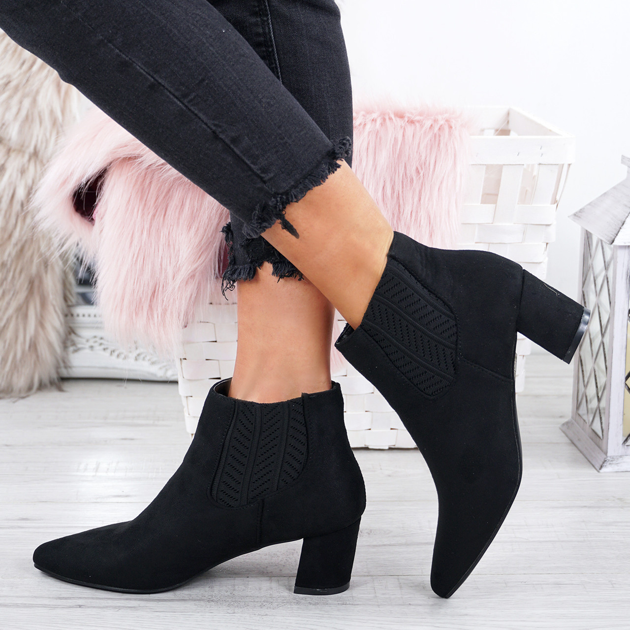 43a168b25e5 Ladies Womens Chelsea Ankle Boots Low Block Heel Pointed Toe ...