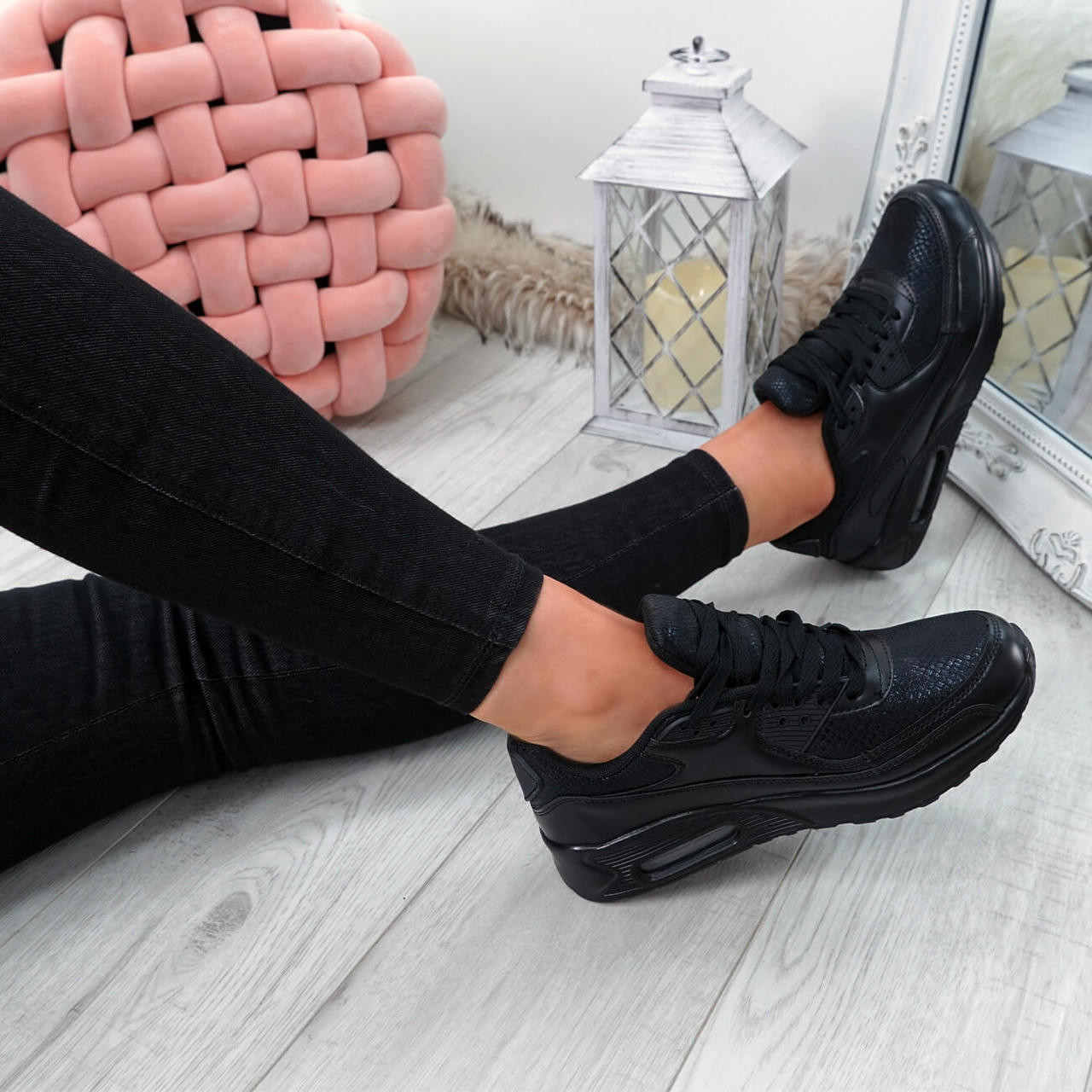 Womens Ladies Lace Up Snake Trainers