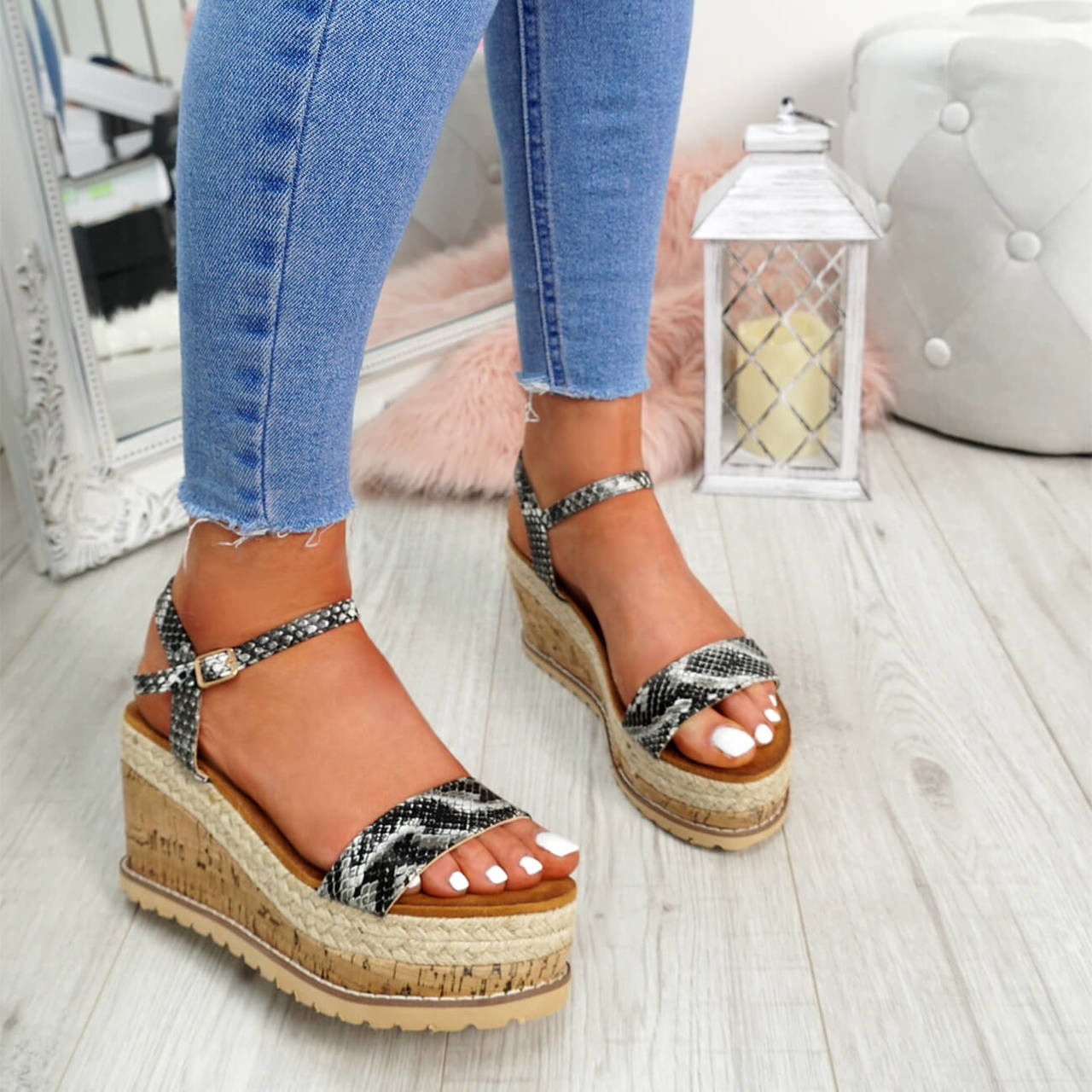 db20bf1738e2 Womens Ladies High Heel Platform Sandals Wedge Buckle Peep Toe Shoes ...