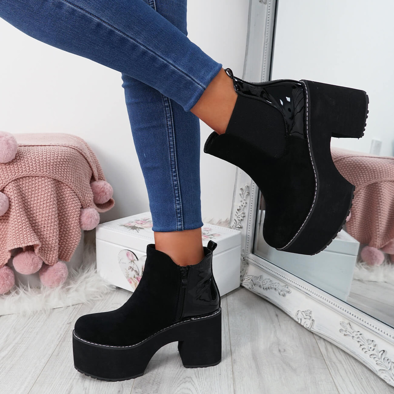 Lummo Black Chunky Ankle Boots