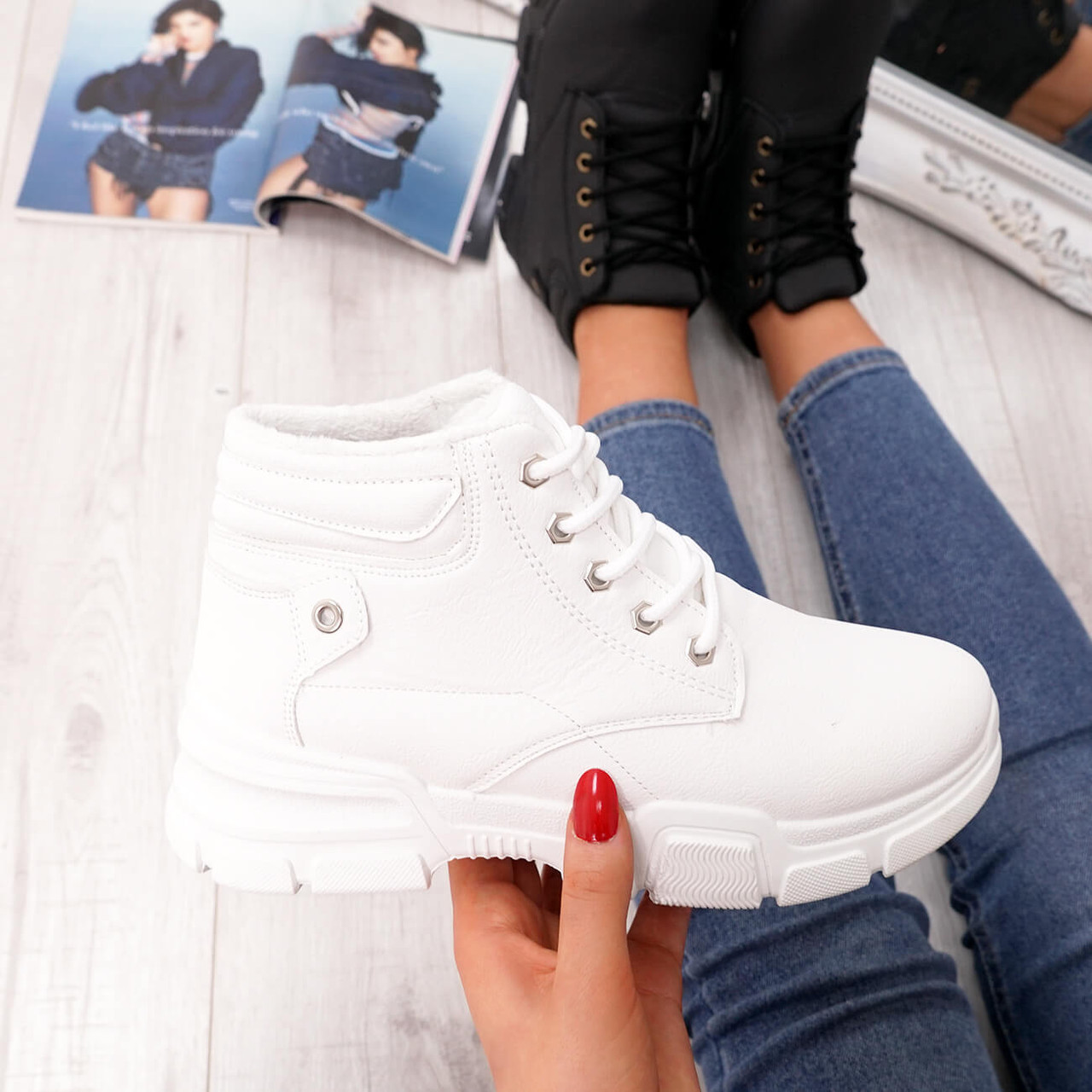 Henna White High Top Trainers - Ankle