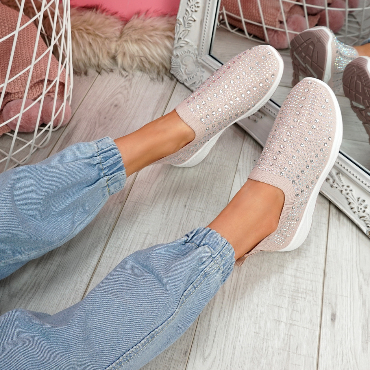 Kenny Apricot Studded Sock Sneakers