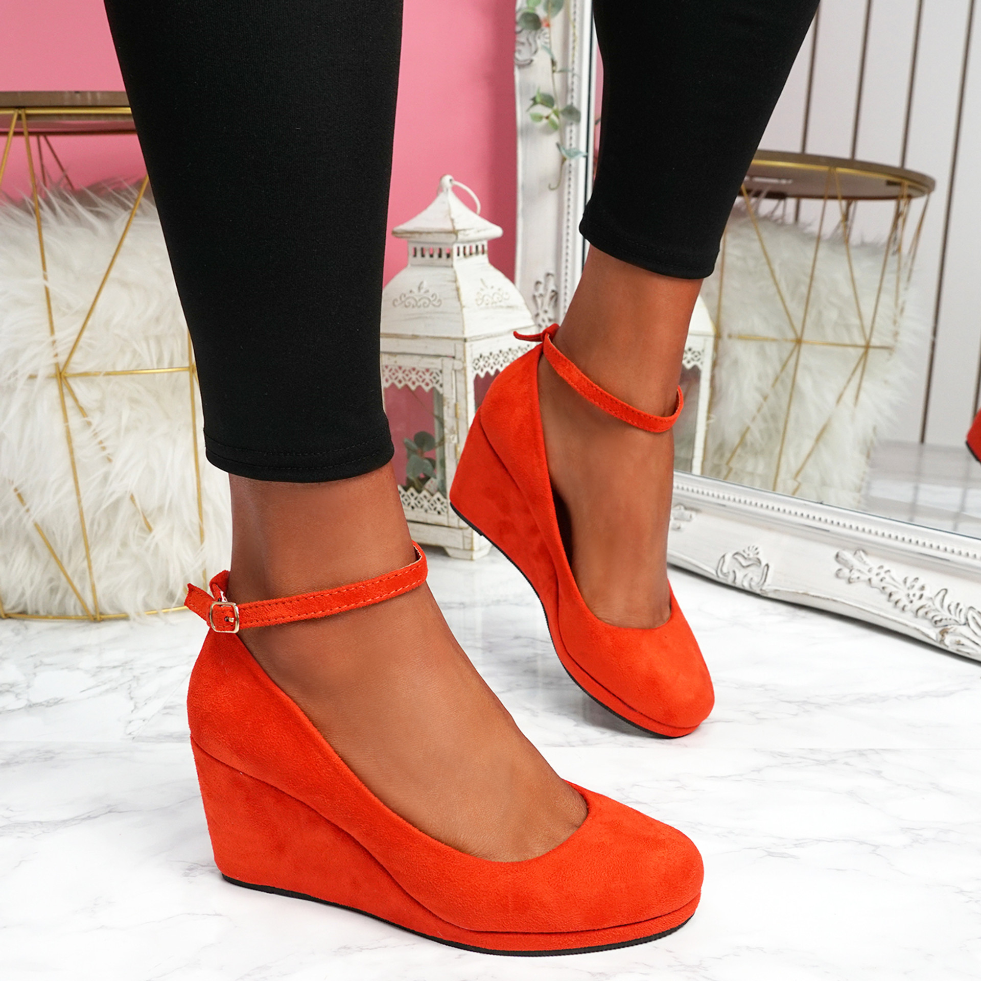 Lorene Red Suede Wedge Pumps Sandals