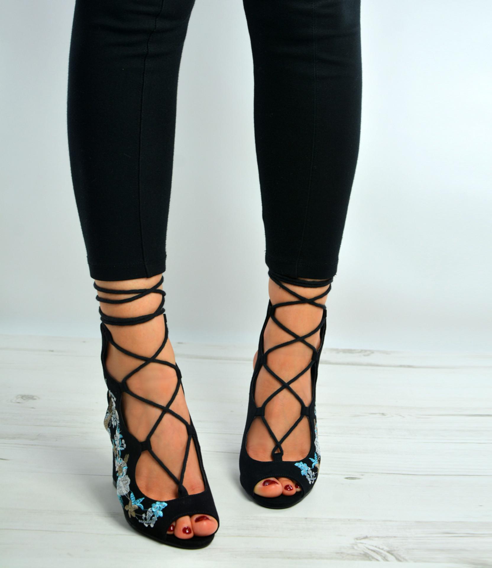 Black Side Flower High Block Heels Sandals