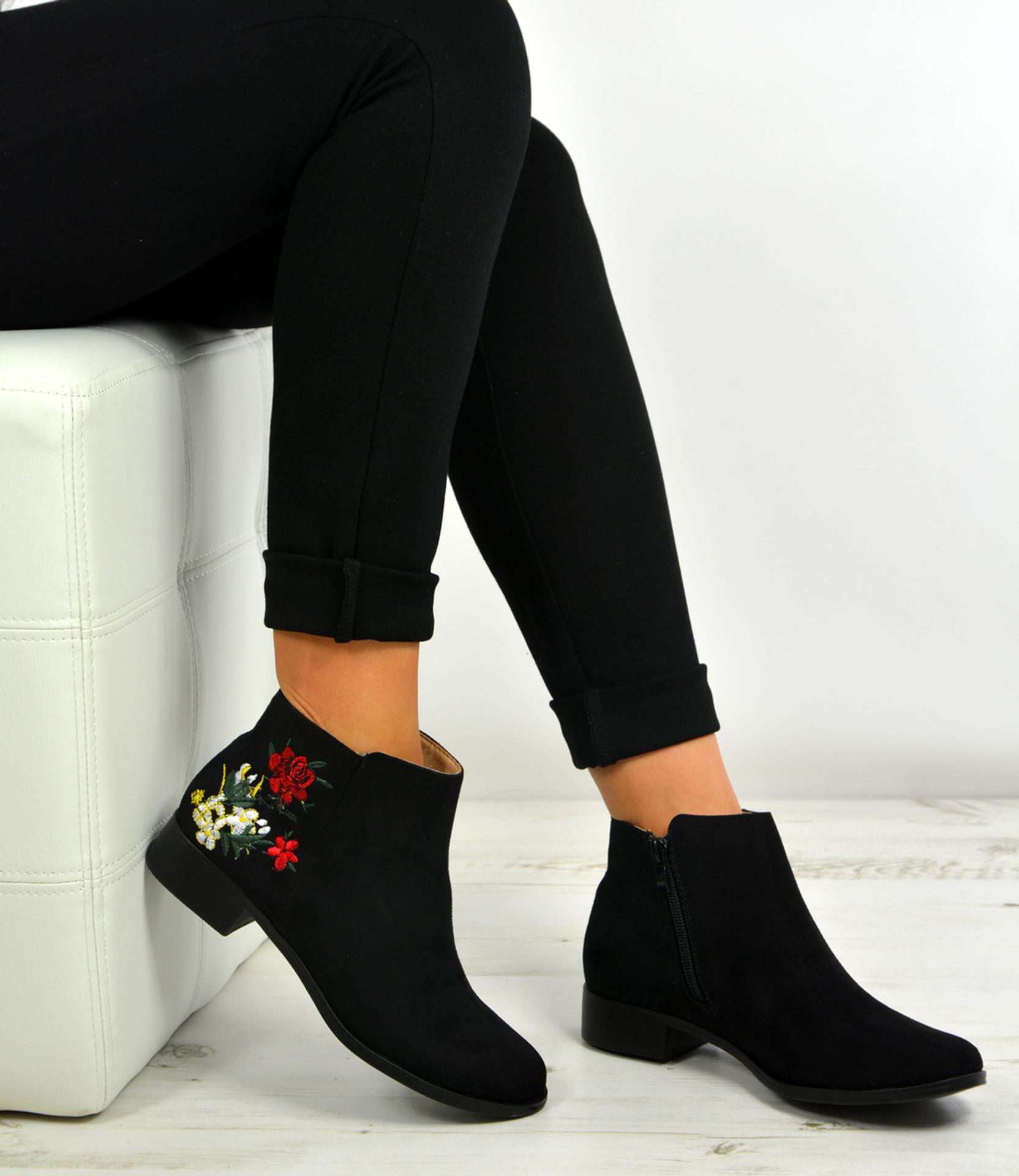 Lesly Black Side Flower Ankle Boots
