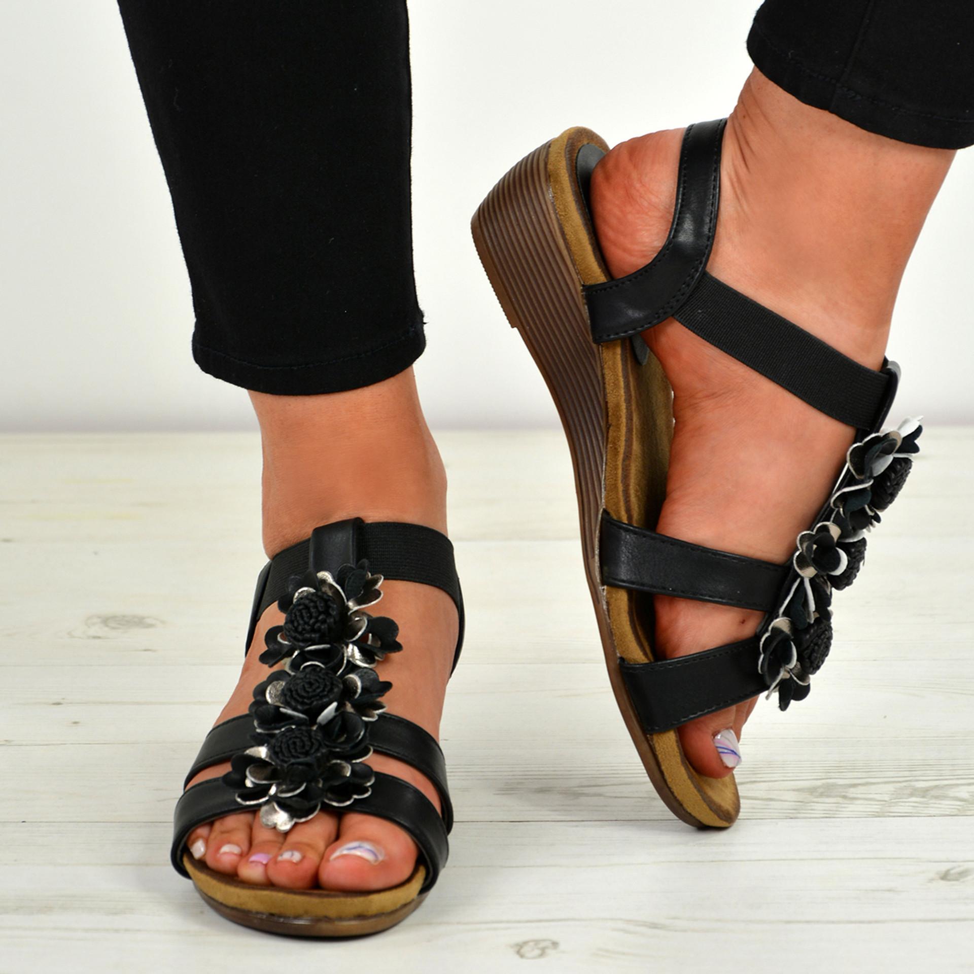 Danna Black Flower Sandals