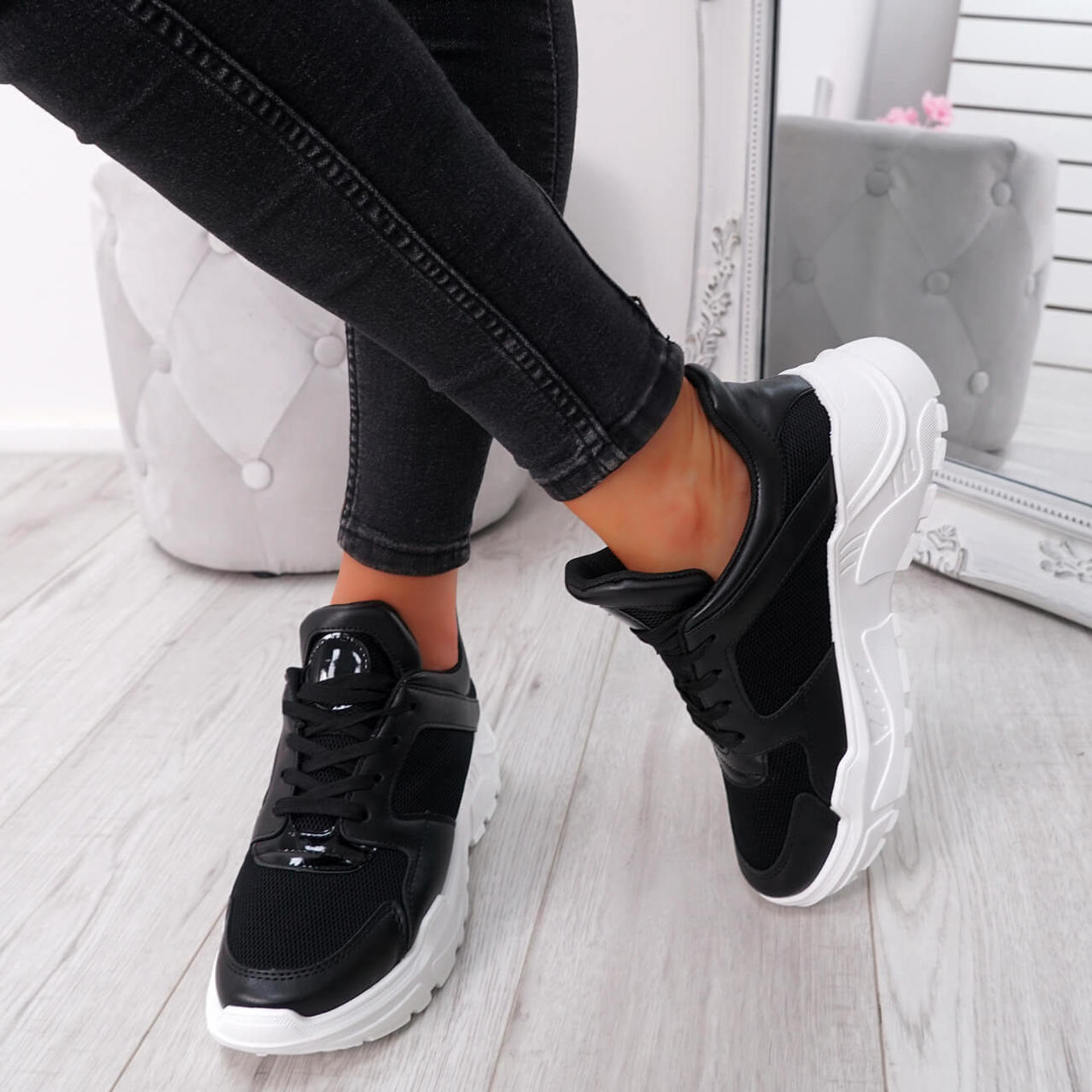Foya Black Running Sneakers