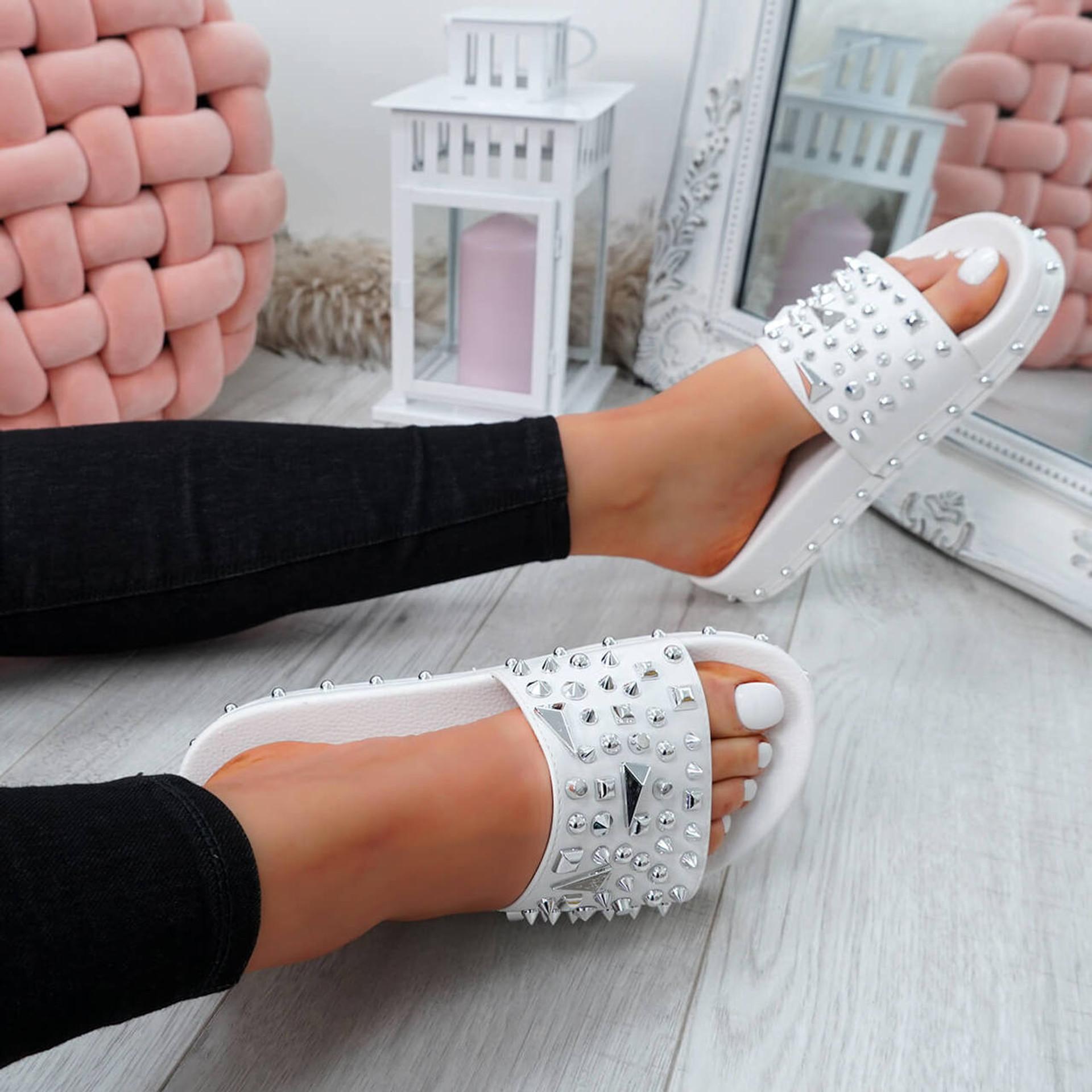 Okna White Rock Stud Flat Sandals