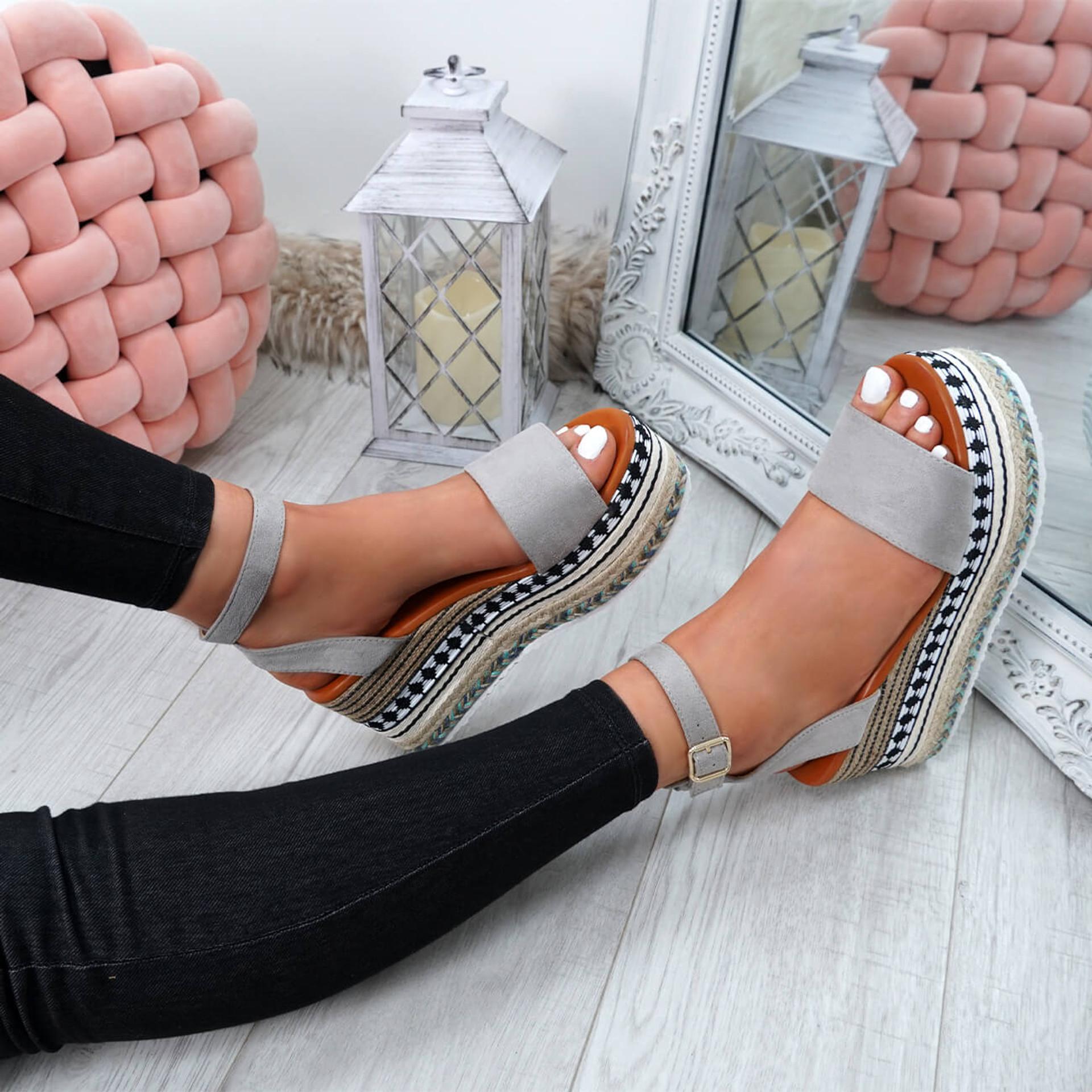Sinka Grey Flatform Sandals