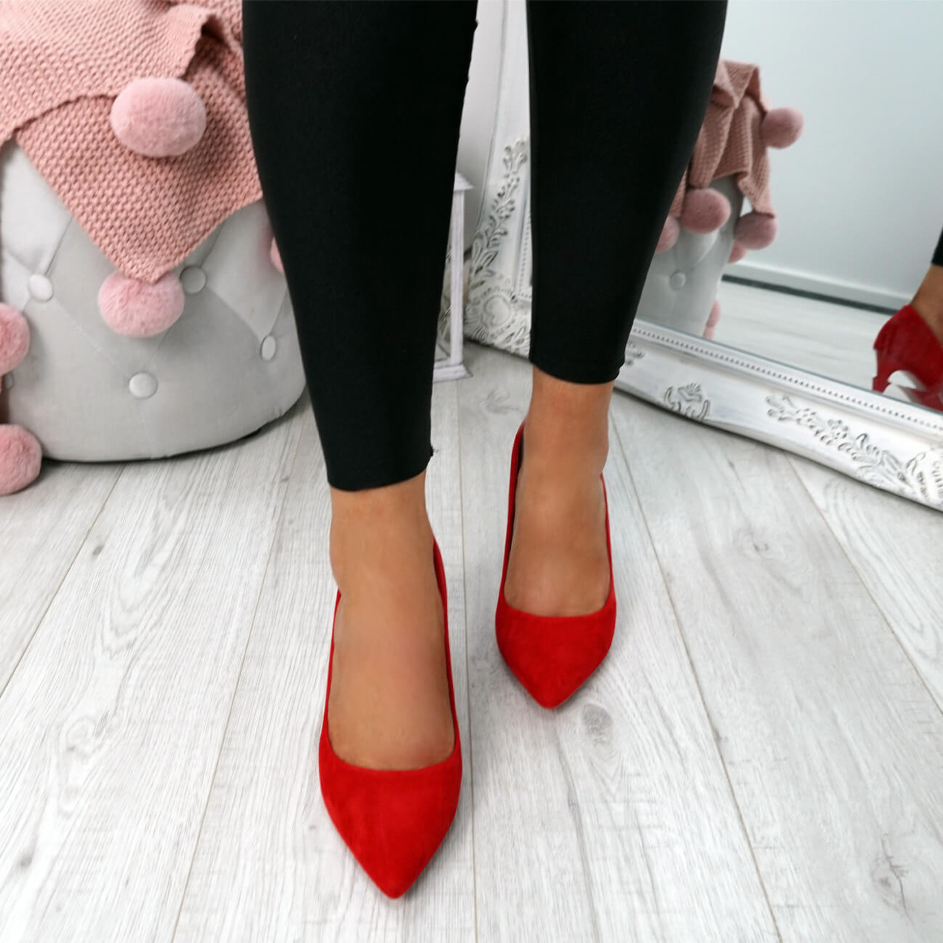 Banny Red Court Pumps