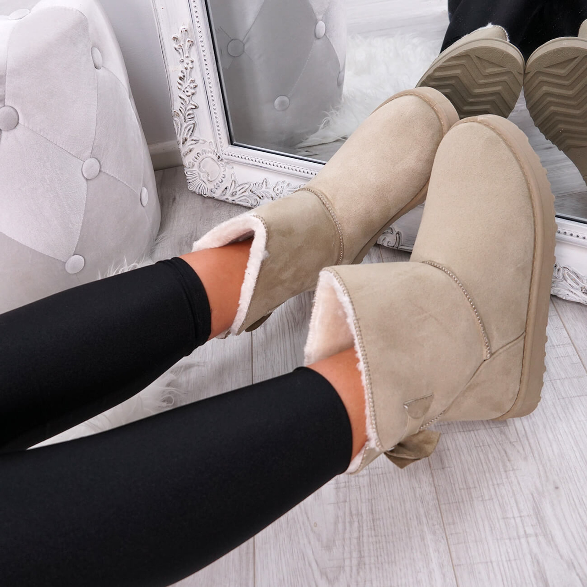 Bippa Beige Ankle Boots