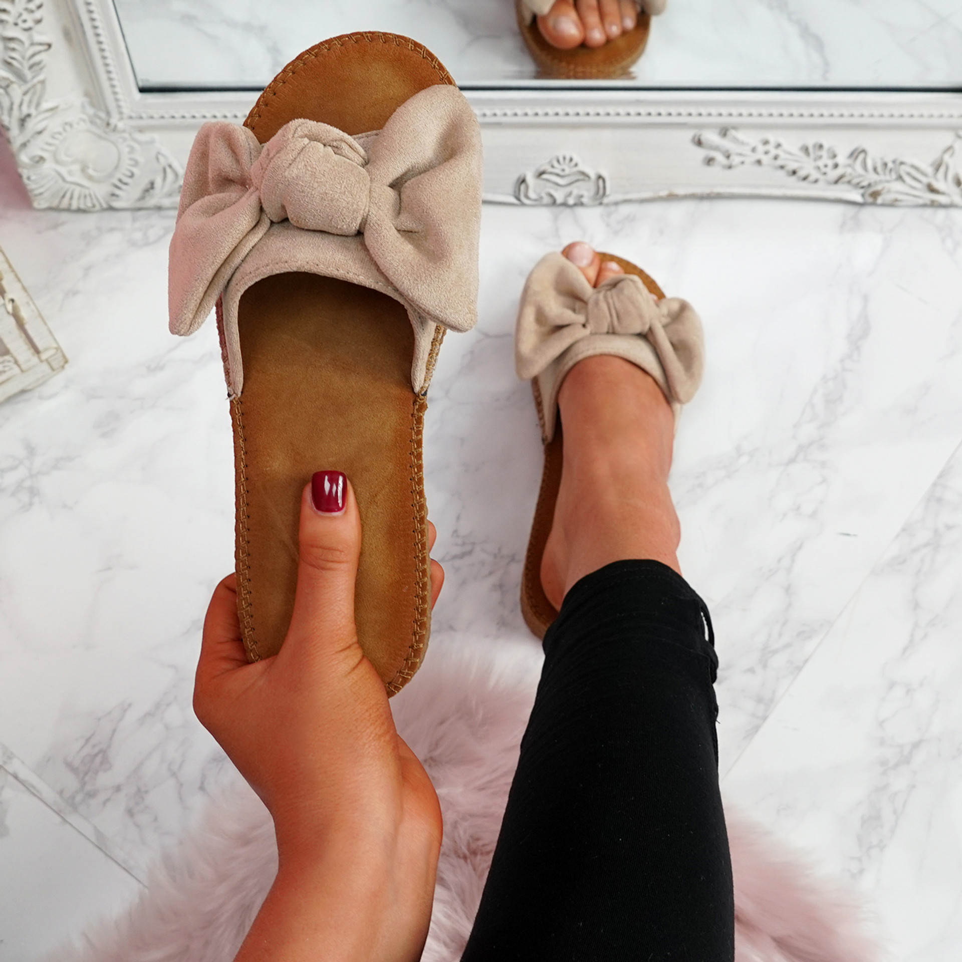 Onno Beige Bow Flat Sandals