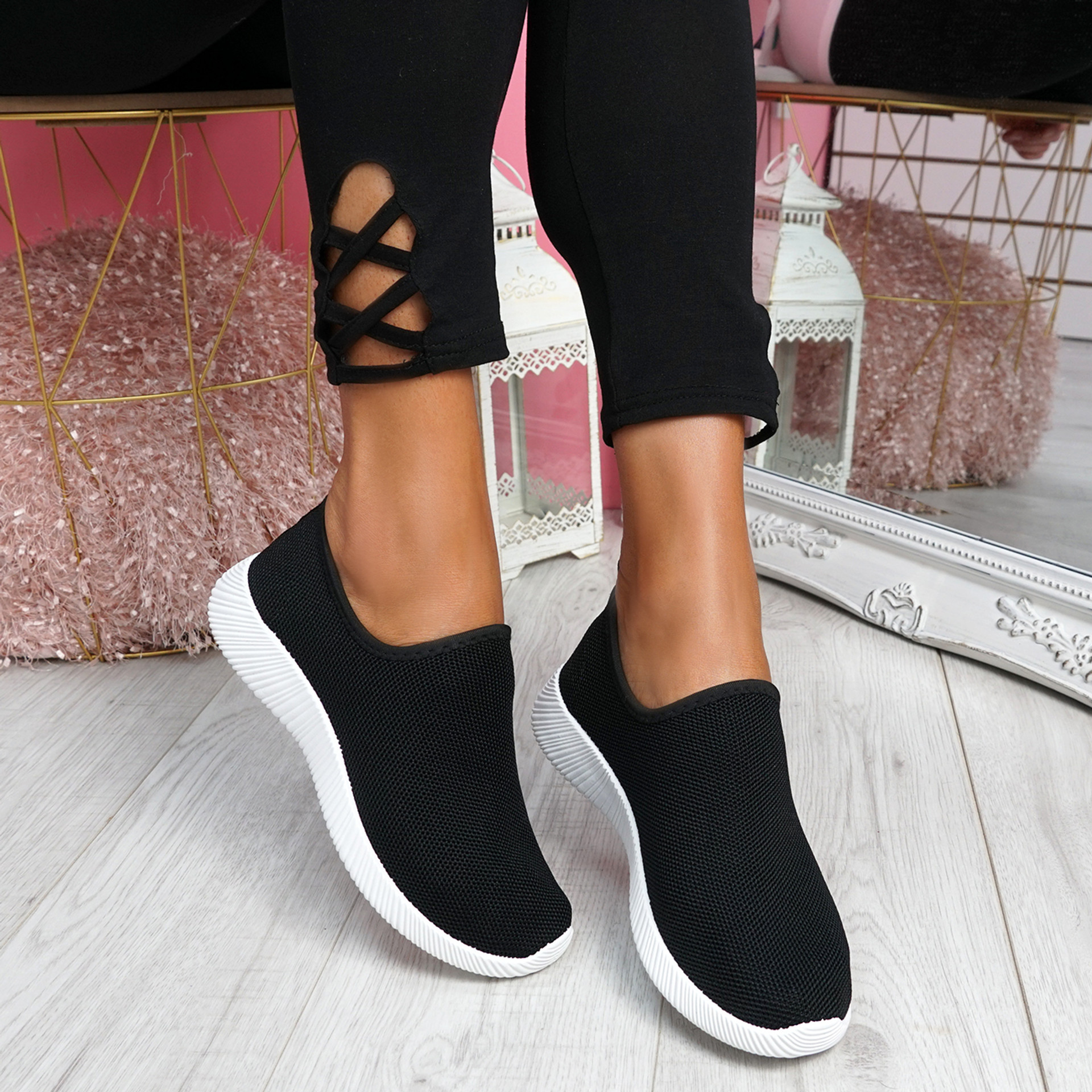 Enny Black Running Trainers