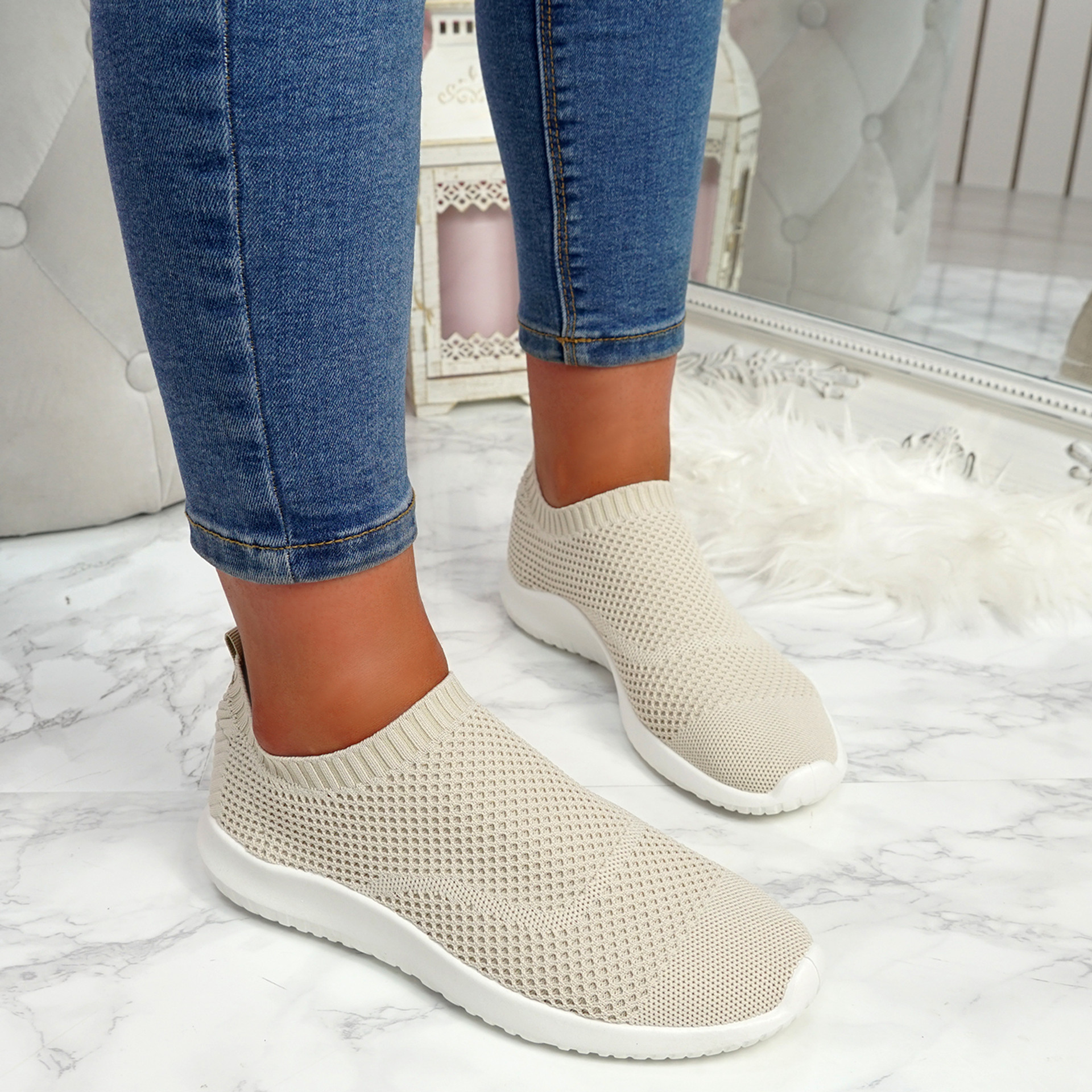 Fubba Beige Mesh Trainers