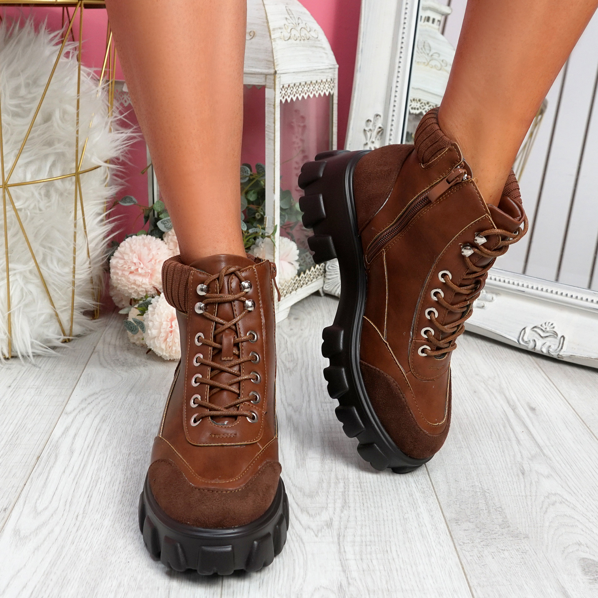 Munna Camel Chunky Boots